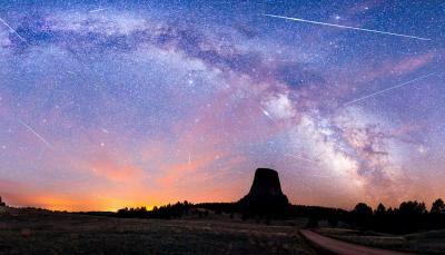 Calendrier du ciel 2015 : Pluie d'étoile filante , éclipse solaire ou lunaire tout est la !