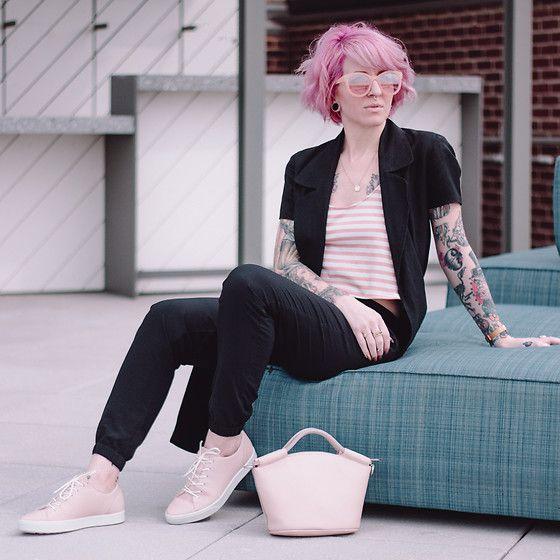 258177936e Jessie Barber - Ecco Gillian Tie Sneakers In Rose Dust, Ecco Sp 2 ...