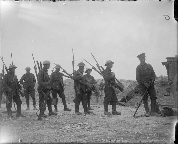 an analysis of the battle of the somme in the first world war Extracts from this document introduction the importance of the battle of the somme the battle of the somme is a hugely significant battle during the middle of the first world war (1st july 1916).