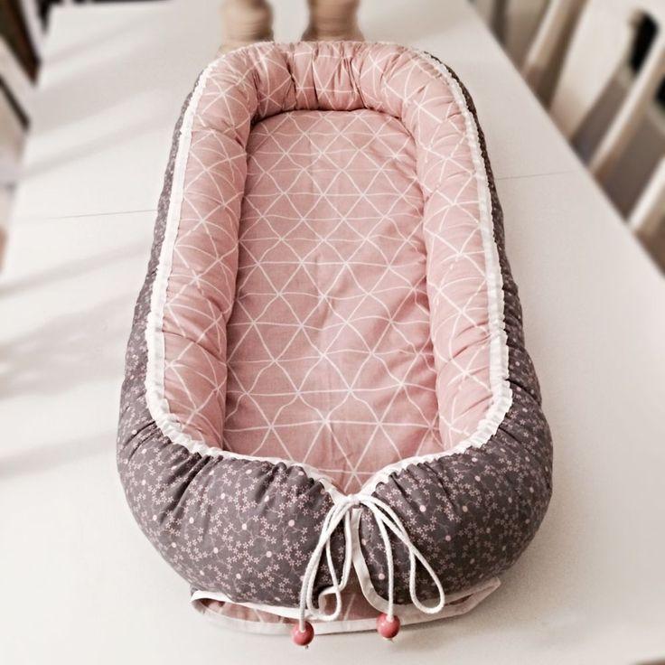 Babynest ekstra længde med marmor perler via Stroemsholt Design. Click on the image to see more!