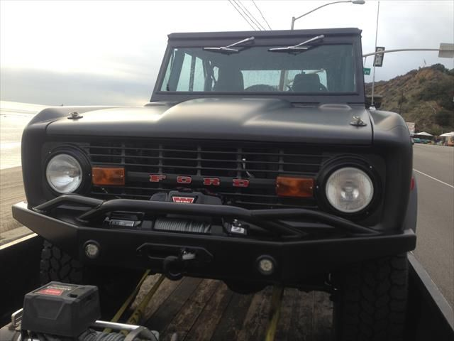 Rocky Roads - Custom Restored Broncos - Legend front bumper for Ford Bronco with push bar