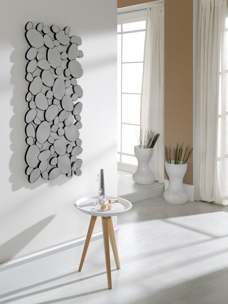 Nuevo año, nueva vida. Es el momento de redecorar tu hogar. Esta semana te proponemos algunas ideas para cambiar y actualizar tu recibidor. ¿Cuál es tu preferido? #diseño #hogar #decoración #interiores #recibidores #DugarHome