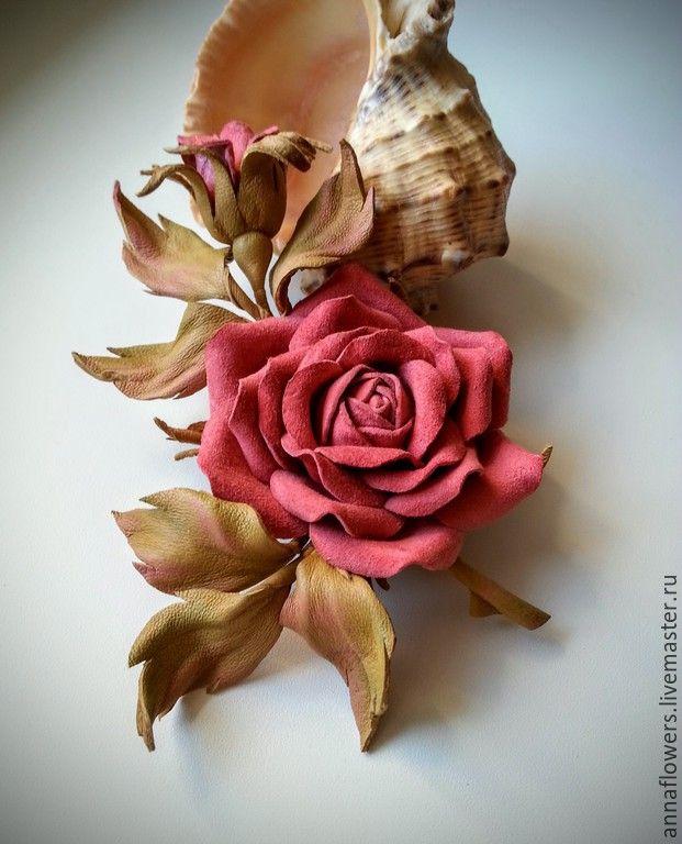 Купить РЕЗЕРВ Розочка из кожи .Брошь. - коралловый, брошь из кожи, брошь-цветок, роза из кожи