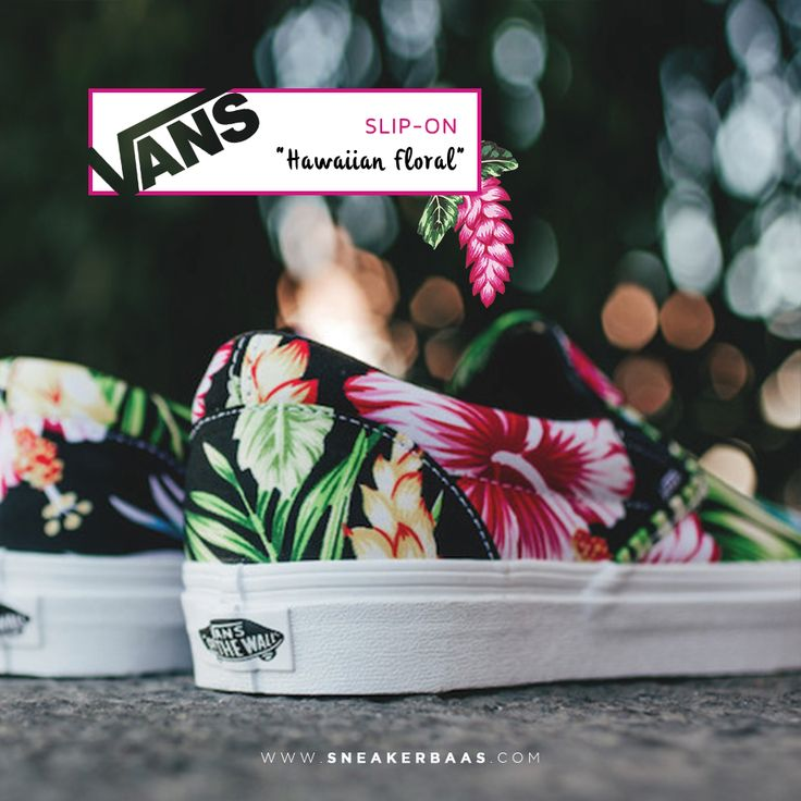"#vans #vansslipon #slipon #hawaiianfloral #sneakerbaas #baasbovenbaas  Vans Slip-On Black ""Hawaiian Floral"" - Now available - Priced at 69,99 Euro  For more info about your order please send an e-mail to webshop #sneakerbaas.com!"