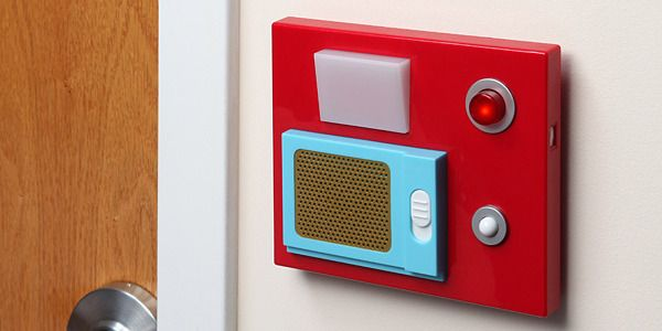 Even if you don't have automatic sliding doors in your home or workplace, this motion-sensitive door chime should make your surroundings feel a bit more high-tech.