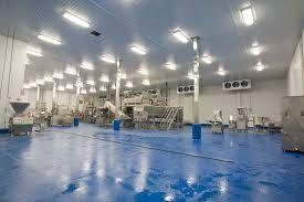 Hűtőkamrák teljes körű tervezésével és karbantartásával is foglalkozunk.  http://frigo-max.hu/hutestechnika/hutokamrak