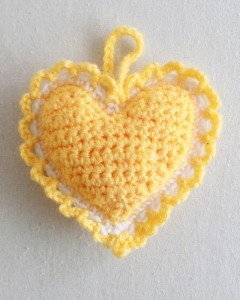 Free Crochet Pattern for Heart Sachet...so cute, so many scent possibilities!