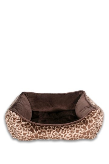 Thro By Marlo Lorenz Dog Bed
