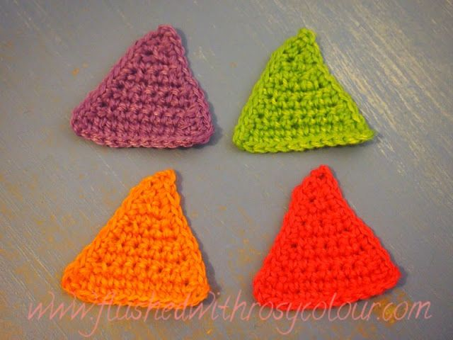 Flushed with Rosy Colour: Lattice and Solid Triangles, free patterns