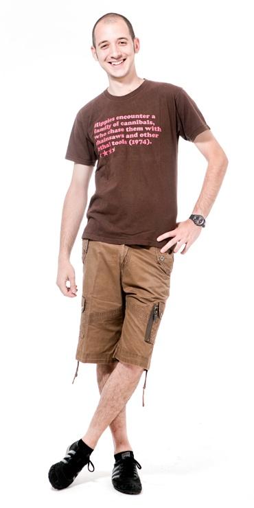 Fabio Caccamo  Interaction Developer  A causa della 626 ogni due ore di lavoro mi tocca scommentare le gambe e prendere una boccata d'aria.