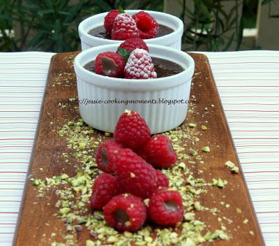 Jessie - CookingMoments: Baked Chocolate & Raspberry Custard 巧克力覆盆子卡士达