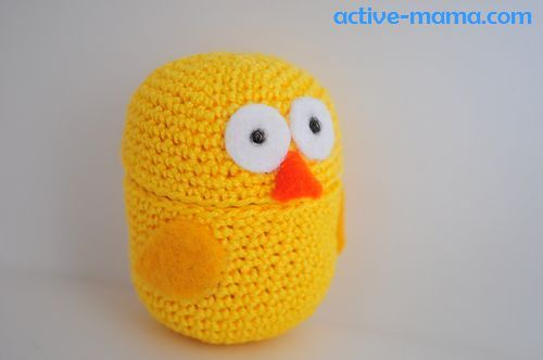 DIY Crocheted Chick on Kinder Surprise container