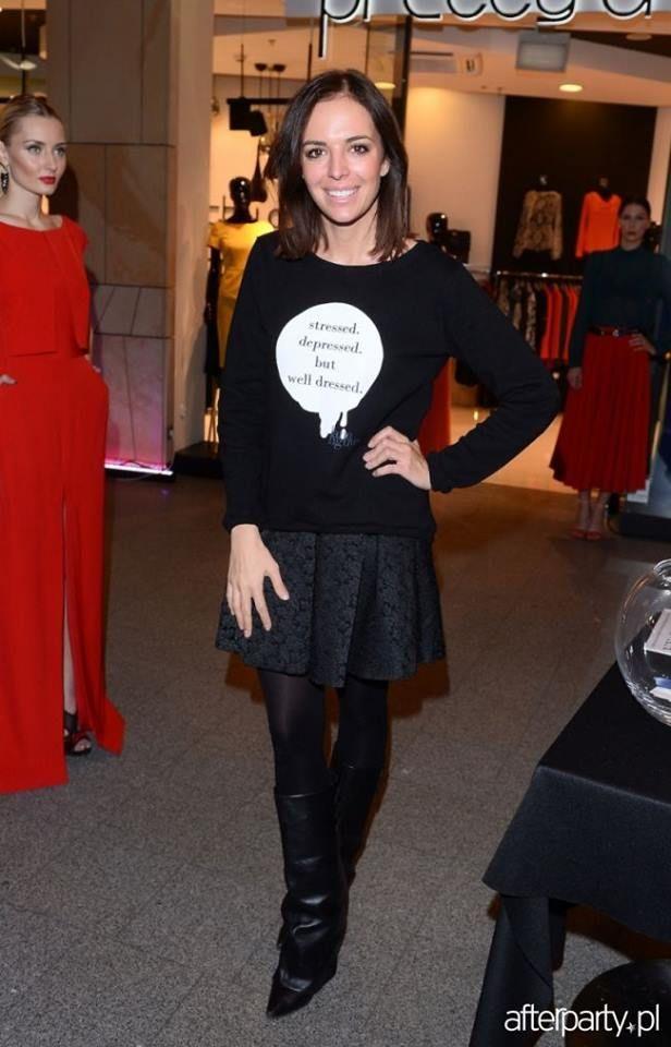 Anna Wedzikowska in black SDBWD sweatshirt