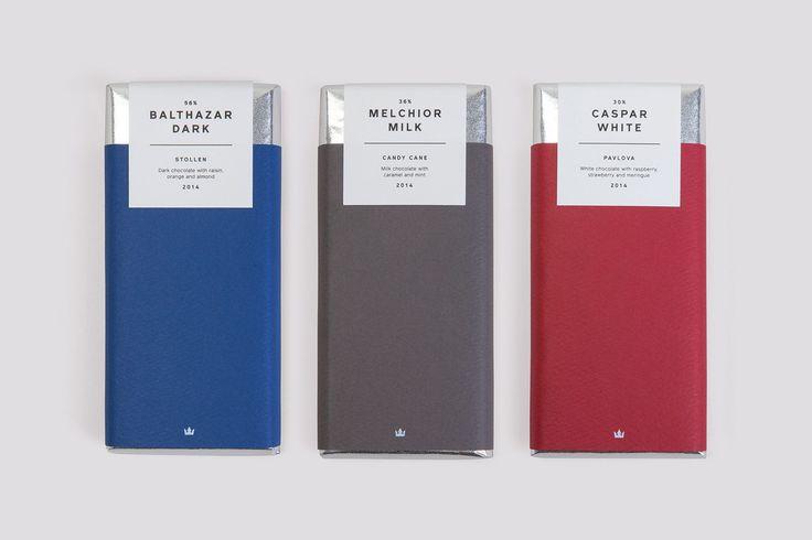 Студия Believe In разрабатывала дизайн упаковки для шоколадного трио Three Kings. Каждая из плиток в этом подарочном наборе изготовлена по особому праздничному рецепту.