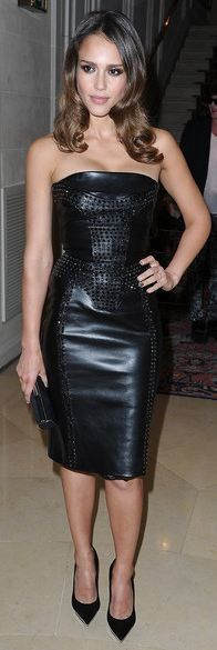 Jessica Alba - Versace Love everything about this
