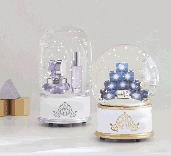 Thalgo snowglobe - Silicium Marine gift set ||| by: Fruzsina Csaba