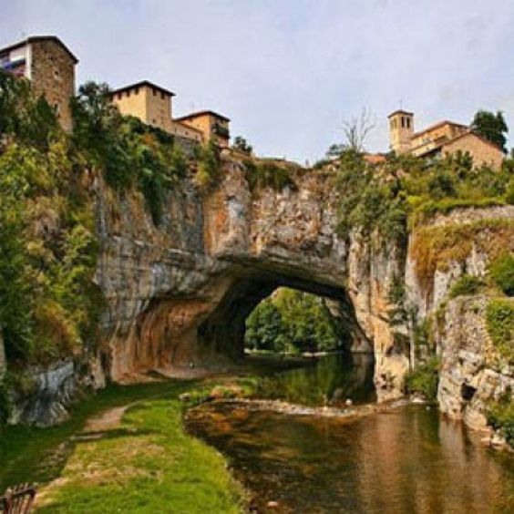 Puentedey (Burgos, Spain) is a little village perched on an amazing natural bridge carved by the river Nela. The village lies on the rocks topped by a Romanesque church and the palace of Porres. We can also find the typical traditional architecture of Las Merindades area. | Picture by Javier Herrero.