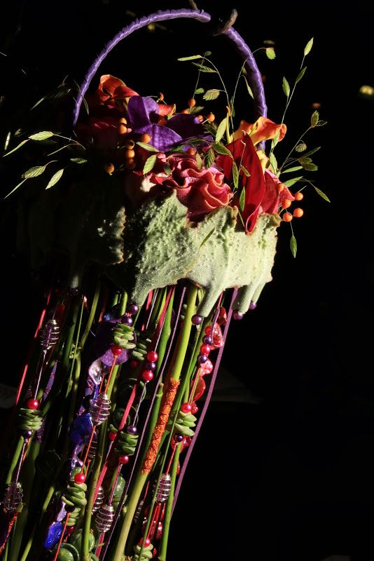 Floral Movement • Ede 2013 • photo by Ron de Vries << flowers and craft beads