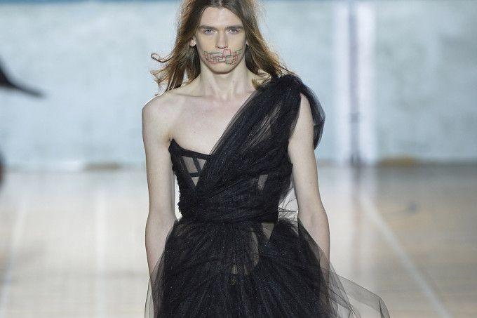 Vivienne Westwood - Mens Fall 2017 Runway - London Menswear Fashion Week
