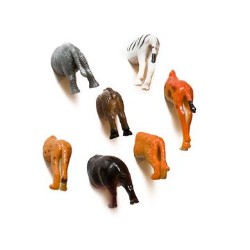 Animal butt magnets... these would be so easy to DIY, a bag