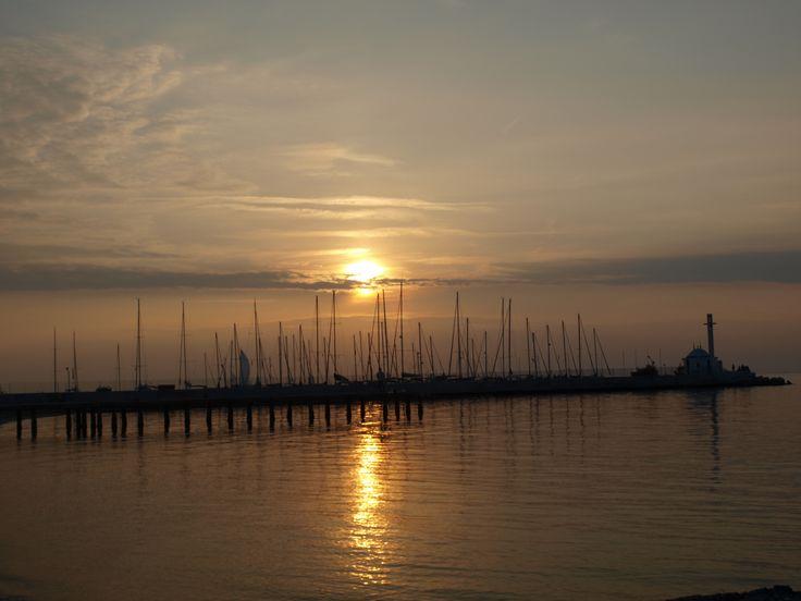 Sunset, Thessaloniki by Apostolos Linardos