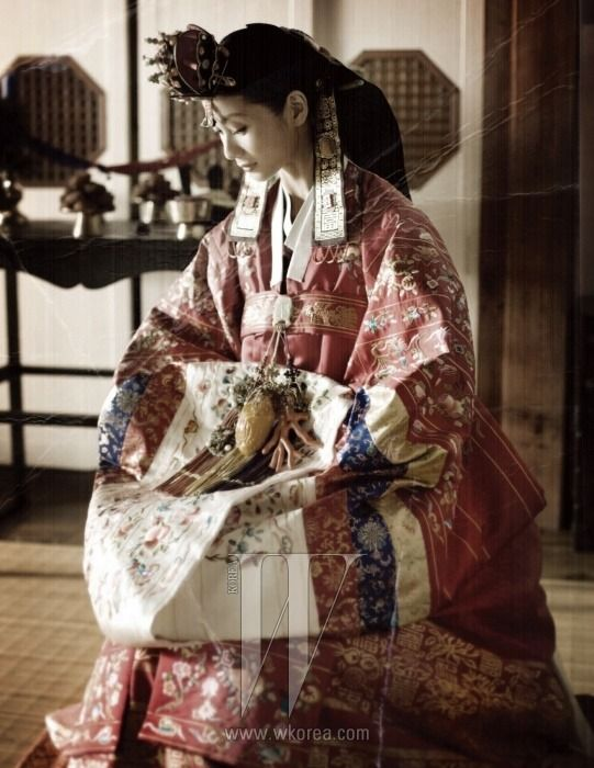 Korean traditional wedding dress