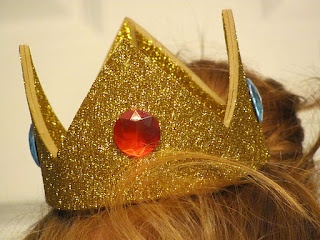 Princess Peach Crown DIY!