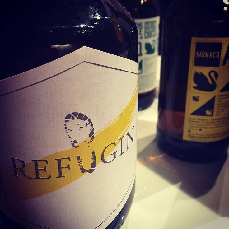 #Refugin auf der #eatandstyle. Wir haben gleich eine Flasche mitgenommen. Wer über dieses Projekt erfährst Du in unserem Blog. #nonprofit #gin #münchen #munich #gintonic #refugin #aquamonaco #tweet