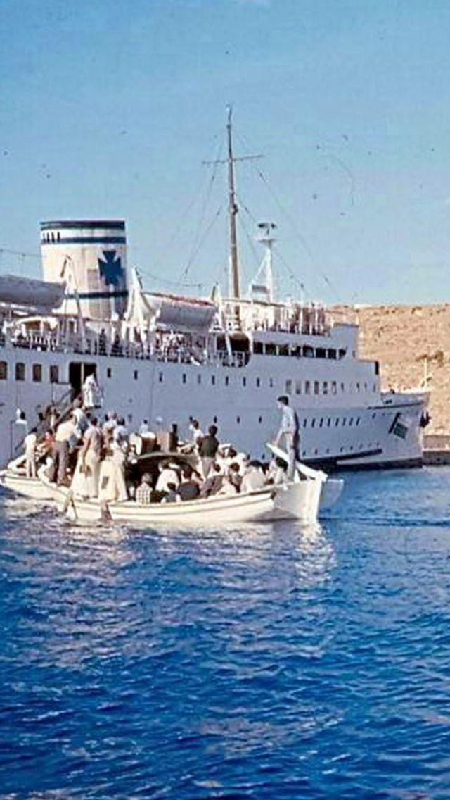 #Mykonos #harbor ,1955.