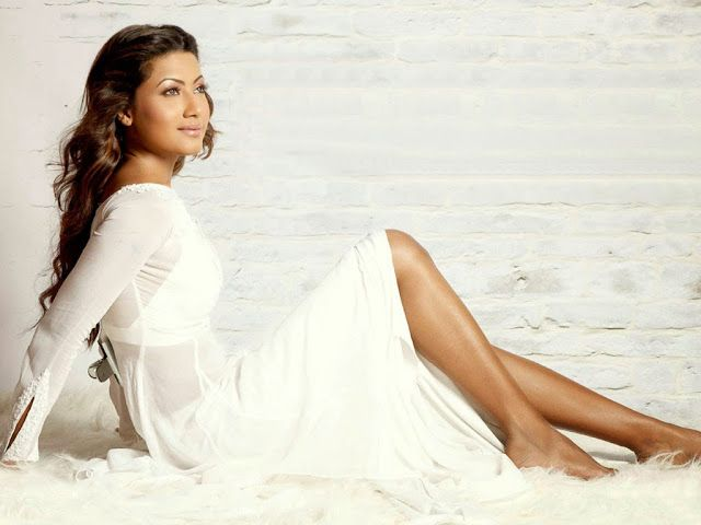 Gauhar Khan Top 15 Hottest And Jaw Dropping Pic - Mash To's