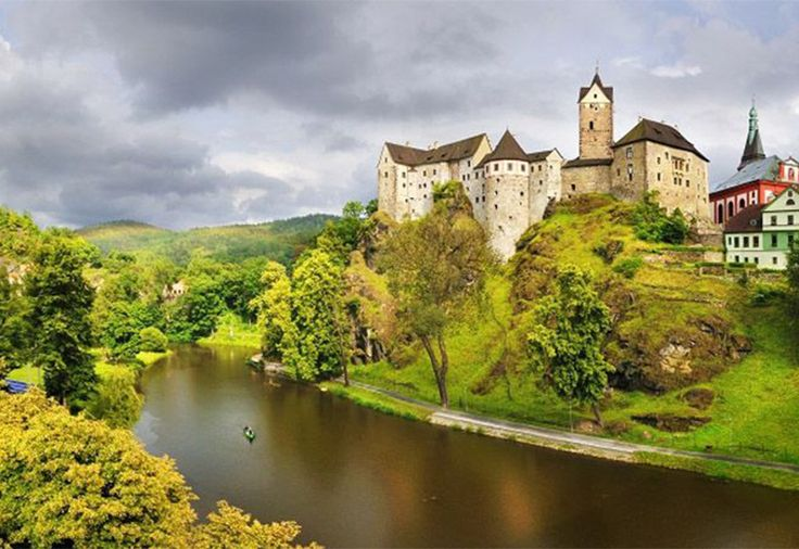 Czech Adventures event - Amazing architecture along Ohre river
