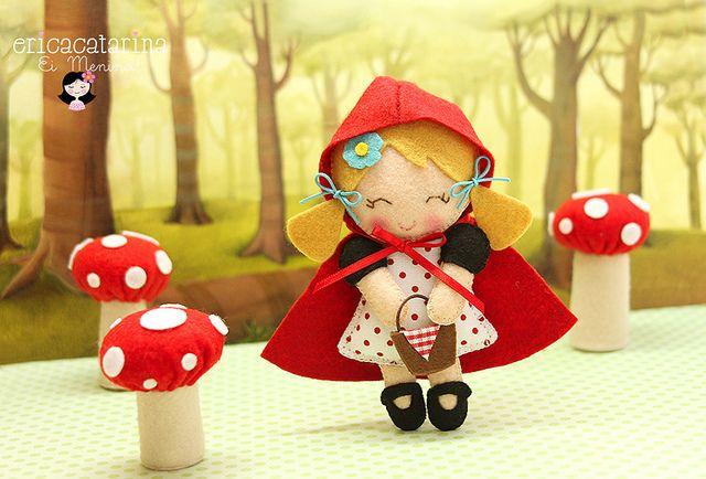 cutest felt animal/doll blog