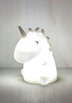 Esta adorable lámpara de unicornio: | 23 Regalos que todo amante de los unicornios necesita