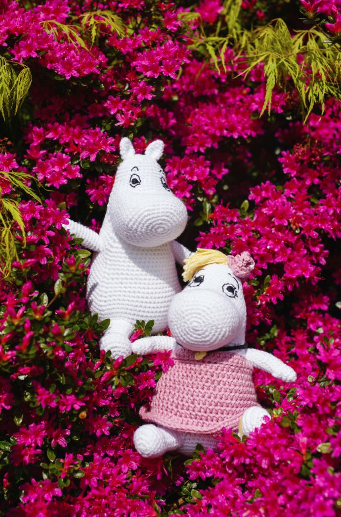 Moomin and Snorkmaiden patterns for Inside Crochet