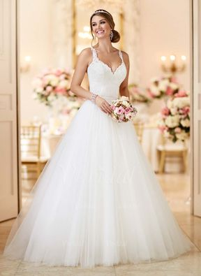 Ball-Gown V-neck Court Train Appliques Lace Tulle Covered Button Regular Straps Church Beach Hall Garden / Outdoor Reception No Spring Summer Fall Ivory White Wedding Dress