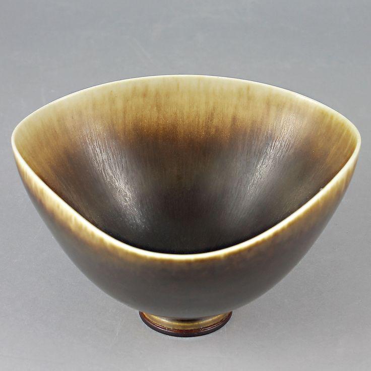 Berndt Friberg (1972) Unique Brown Haresfur Bowl