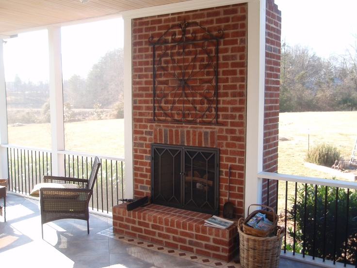 34 best images about screen porch on pinterest white for Screened porch fireplace designs