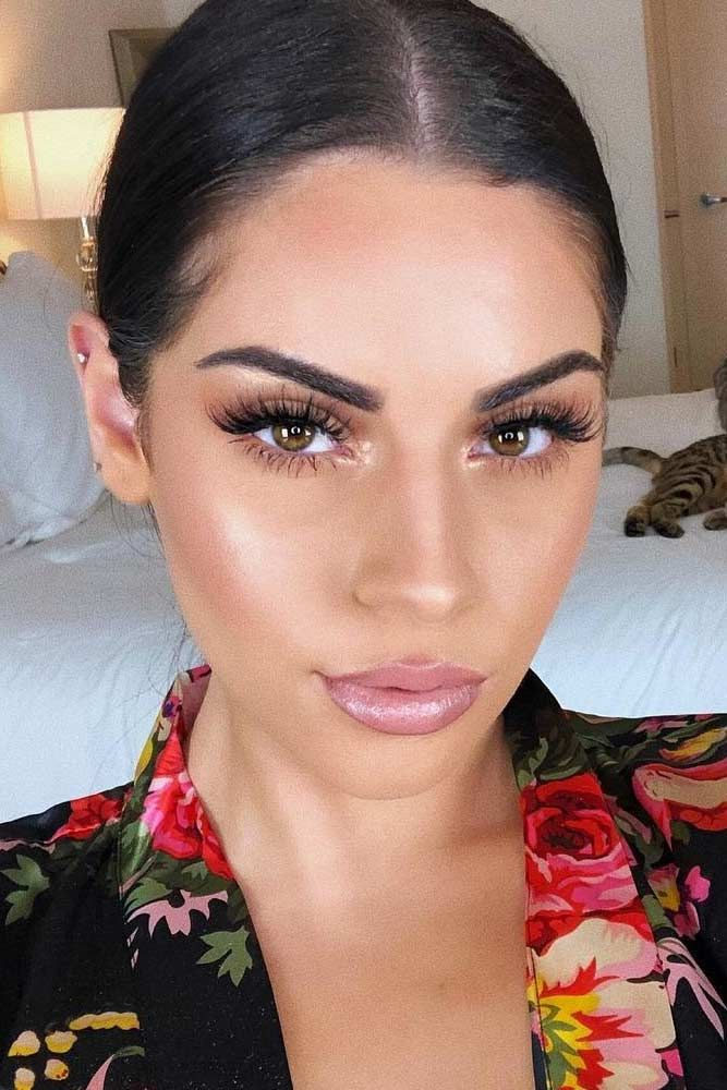 Olive Skin Tone Which Makeup Shades To Look For Glaminati Com Olive Skin Tone Makeup Skin Tone Makeup Olive Skin