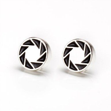 Portal 2 Aperture 80s Logo Earrings: Amazon.co.uk: PC & Video Games