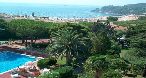 HOTEL ALGA - Hotel Baix Empordà. Costa Brava - www.reservashoteles.net