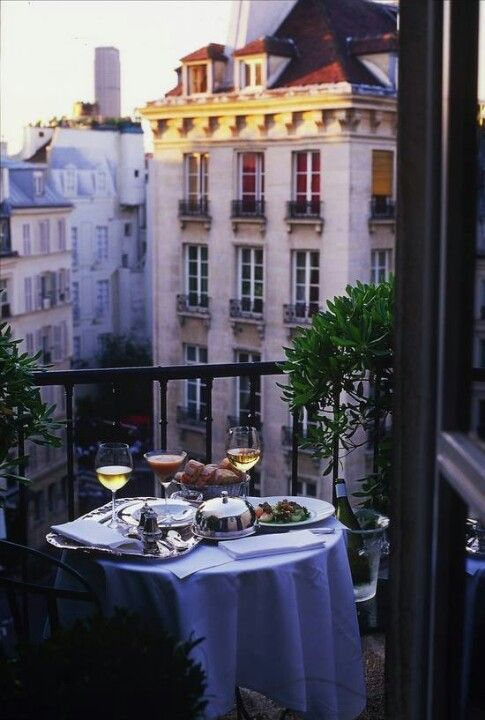 Hotel balcony dining in Paris