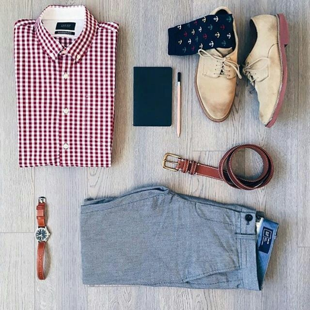 Men's casual to dressy.