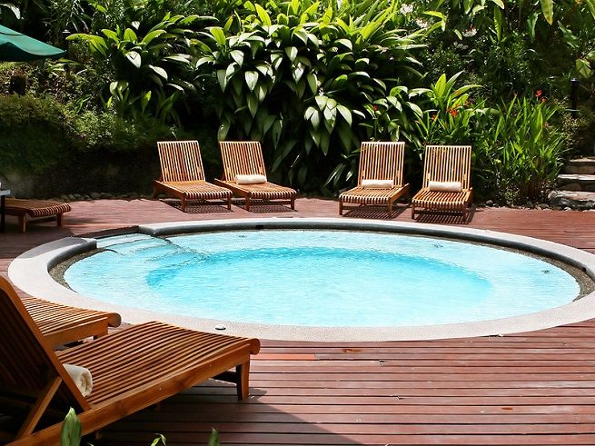 10 best images about swimming pool on pinterest fiberglass inground pools pools and above for Above ground swimming pools for small yards