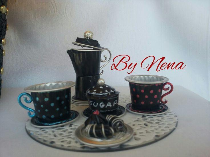 Servizio da caffe con capsule Nespresso