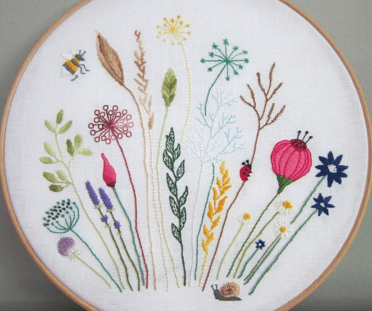 Today's post is a free embroidery pattern that I designed for my Granny's birthday. I wanted it to look like a cross-section of a meadow, with lots of gra