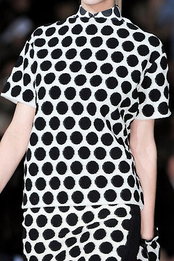 Black and white dots.