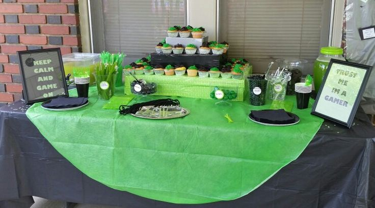 The table! Candy bar, cupcakes and punch.