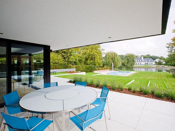 115 best images about terrassen veranda 39 s on pinterest verandas villas and doors - Overdekt terras tegel ...