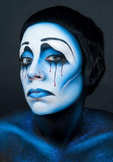 Stick art studio school #makeup #airbrush #blue