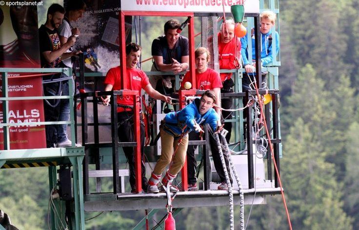 Skispringen | Skifliegen | Vierschanzentournee | Live-Ticker – sportsplanet.at  - 08.06.2013: Springer haben Spaß beim Bungy-Jumping - mit Impressionen